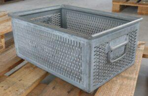 sch ferkisten metall nebenkosten f r ein haus. Black Bedroom Furniture Sets. Home Design Ideas